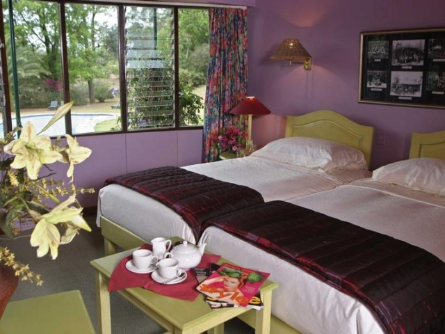 Foresters Arms Hotel, bedroom - Swaziland