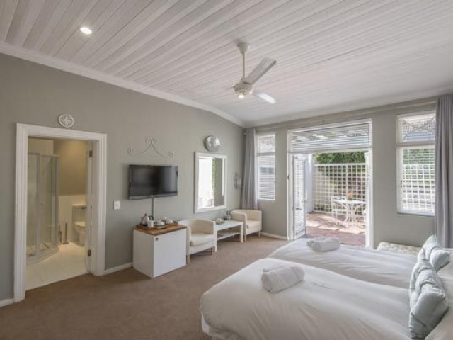 Summerwood Guest House, Winelands (upgrade option)