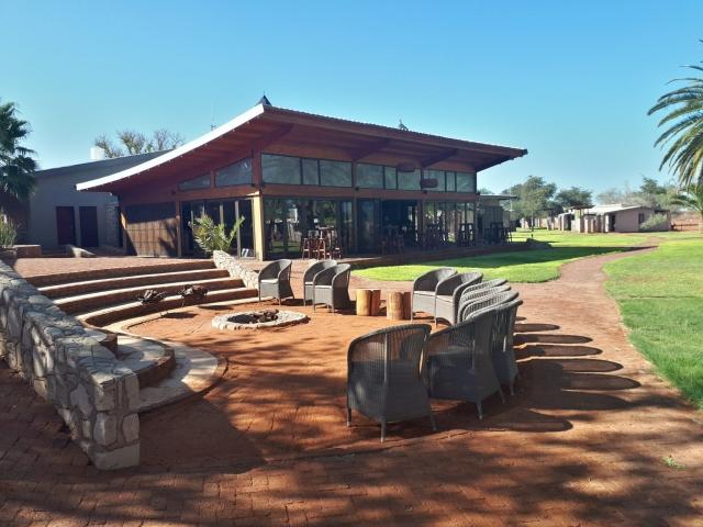 Kalahari Anib Lodge, Kalahari Basin