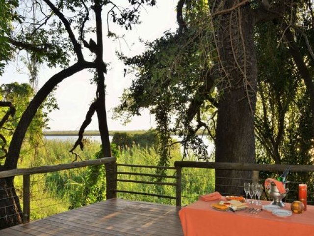 Chobe River Cottages, Deck overlooking the Chobe River