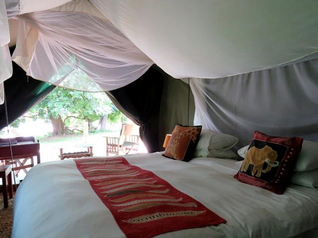 Croc Valley Camp, comfortable safari tent accommodation, Malawi and Zambia