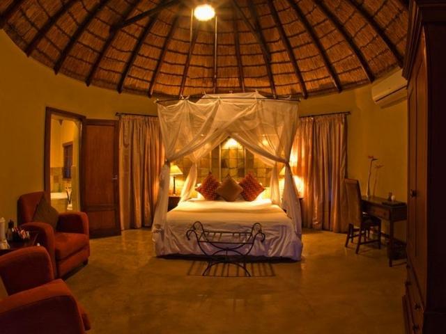 Elephant Plains Lodge room interior