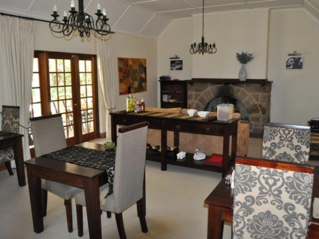 Nut Grove Manor, White River - Dining Room (Upgrade)