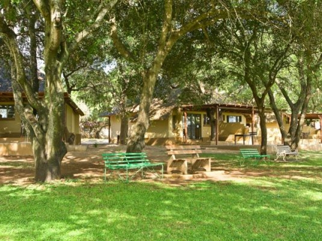Kruger National Park - Lower Sabie, bungalow accommodation