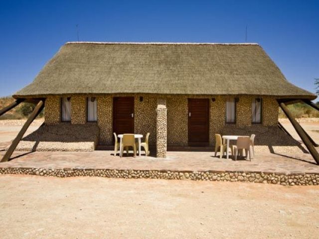 Kgalagadi Transfrontier Park, Twee Rivieren family cottage