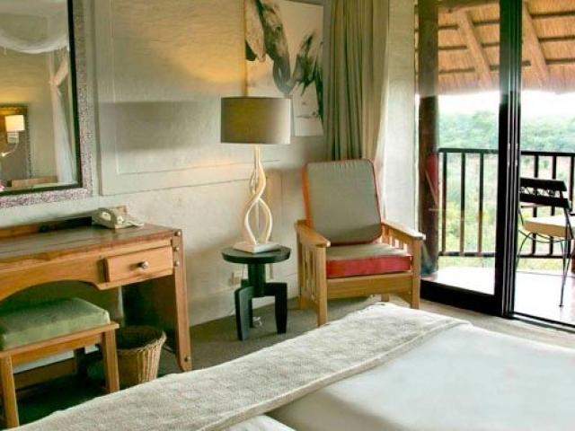 Victoria Falls Safari Lodge, lodge bedroom, Botswana and Zimbabwe
