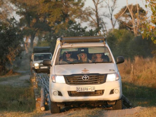 4 wheel driving - Moremi Game Reserve, Botswana