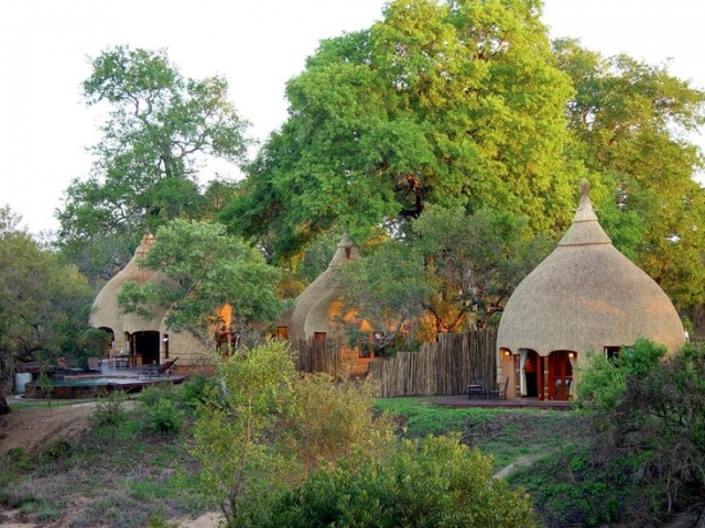Hoya Hoya Safari Lodge, Kruger National Park, beehive huts, Kruger luxury safaris