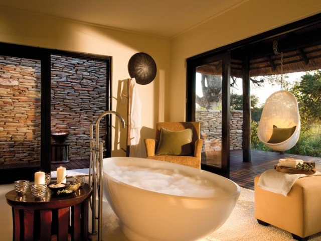 Lion Sands River Lodge, Kruger National Park, suite bathroom, Kruger luxury safaris