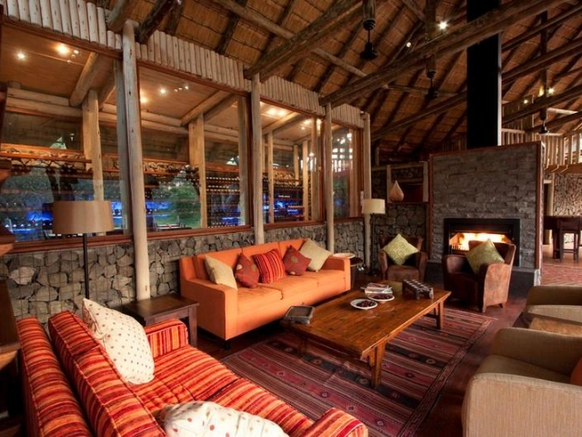 Rhino Post Safari Lodge, lounge and wine cellar, Kruger luxury safaris