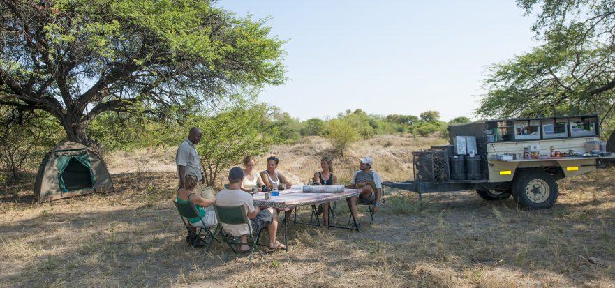 Highlights of Botswana, campsite set up