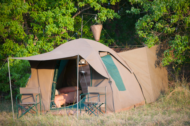Essential Botswana, comfortable tents with private en-suite