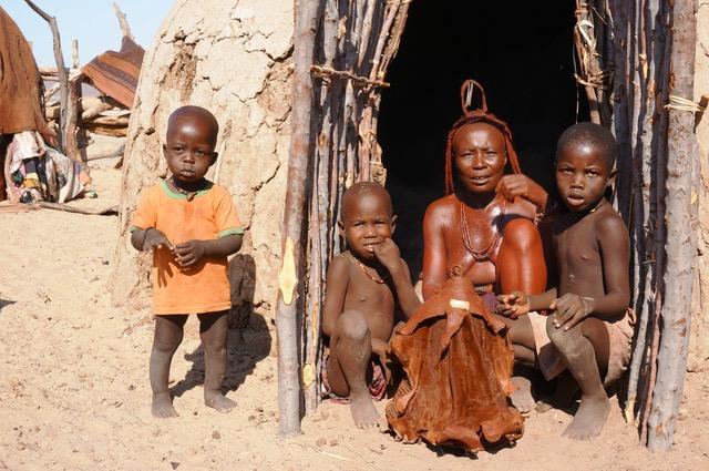 Himba Village, Puros