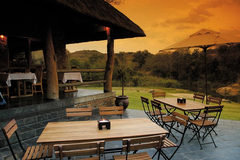 Family Holiday South Africa - Perry's Bridge Hollow (Upgrade) - Restaurant