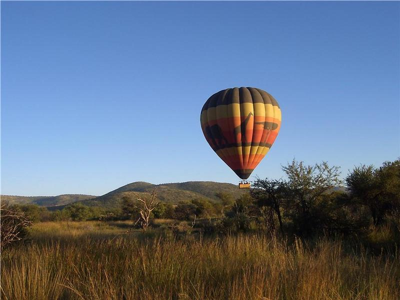 Family Holiday South Africa - Hot air ballooning in Pilanesberg Game Reserve