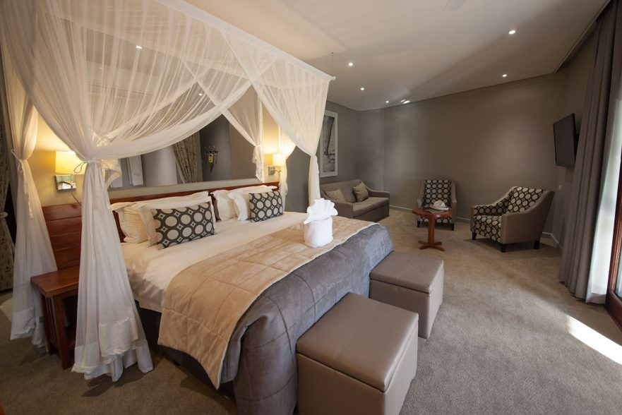 Family Self-Drive Botswana - Chobe Bush Lodge, Safari Room (Upgrade)