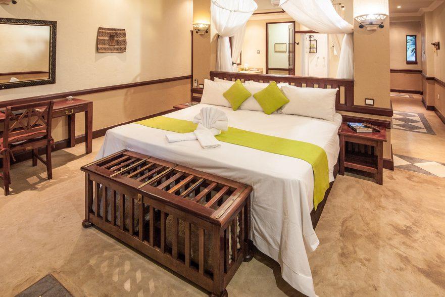 Family Self-Drive Botswana - Chobe Safari Lodge, Safari Room (Standard)