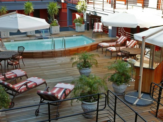 Pool Deck, Cape Town Lodge