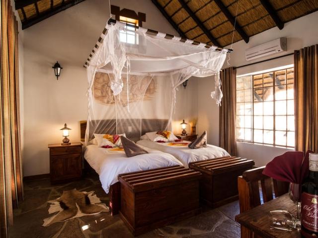 Namibia Wonders - Canyon Village - Bedroom, Fish River Canyon (Standard)