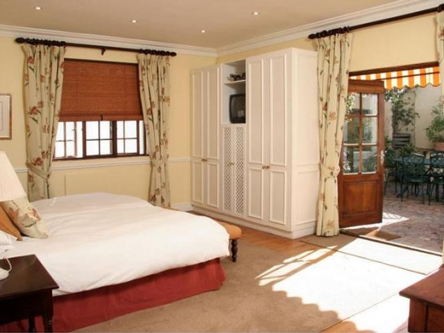 Family Holiday South Africa - La Fontaine Guest House, Family Room (Upgrade)