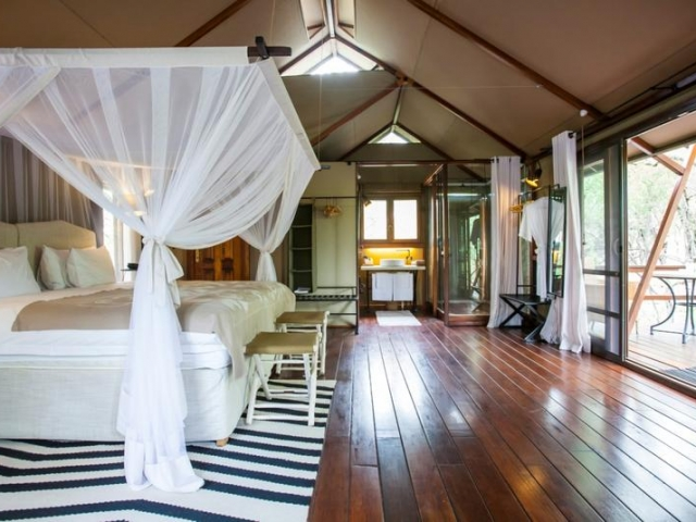 Namibia Wonders - Mushara Outpost Lodge, Safari Tent - Etosha (Upgrade)