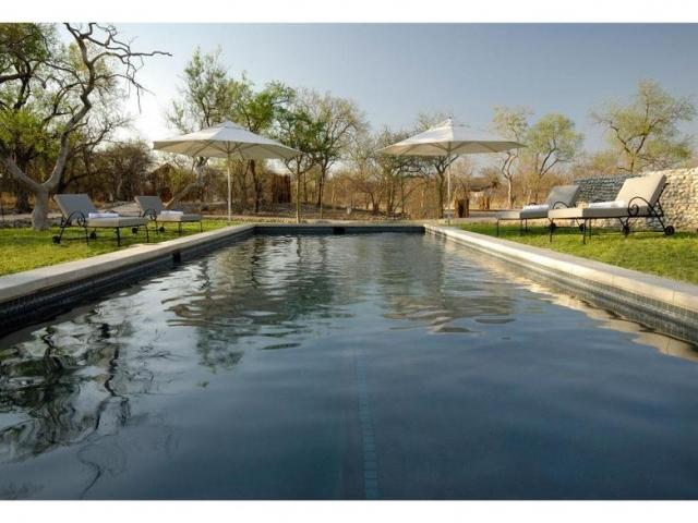 Namibia Wonders - Mushara Outpost Lodge, Pool - Etosha (Upgrade)