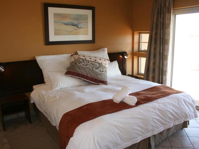 Sossusvlei Magic - Namib-Naukluft Lodge, Guest Room (Upgrade)