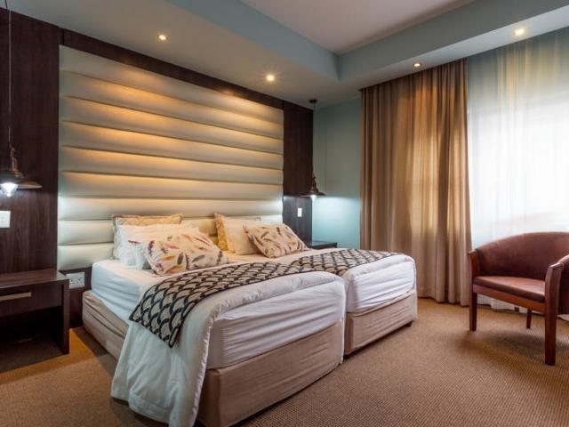 Namibia Wonders - Swakopmund Sands Hotel, Guest Room - Swakopmund (Standard)