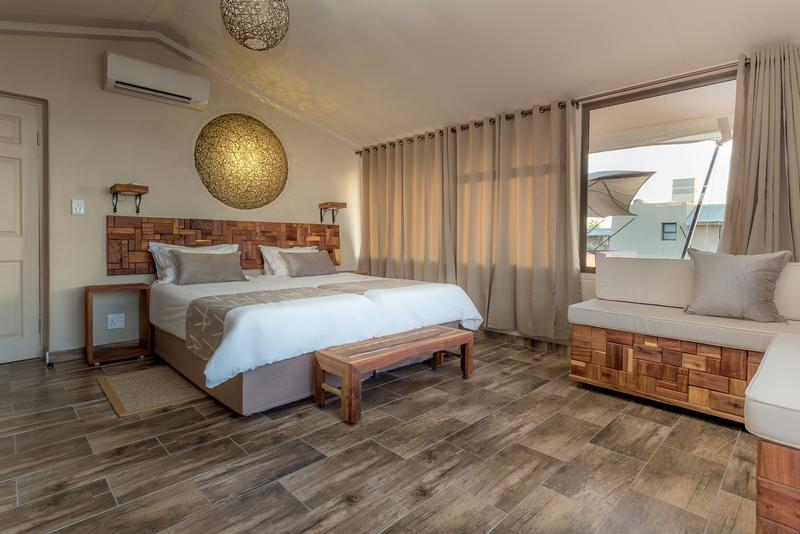 Namibia Wonders - Sossusvlei Lodge, Guest Room - Sesriem (Upgrade)