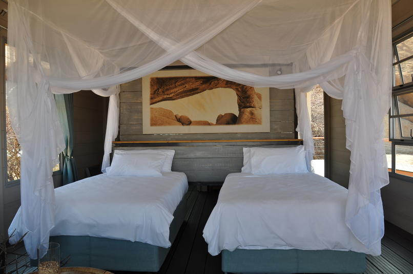Namibia Wonders - Spitzkoppen Lodge, Guest Room - Erongo (Upgrade)