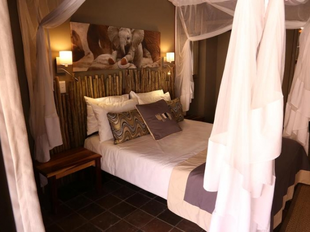 Namibia Wonders - Twyfelfontein Country Lodge, Guest Room - Damaraland (Standard)