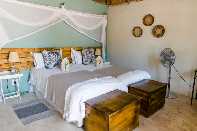 Family Self-Drive Botswana - Khwai Guest House Guest Room