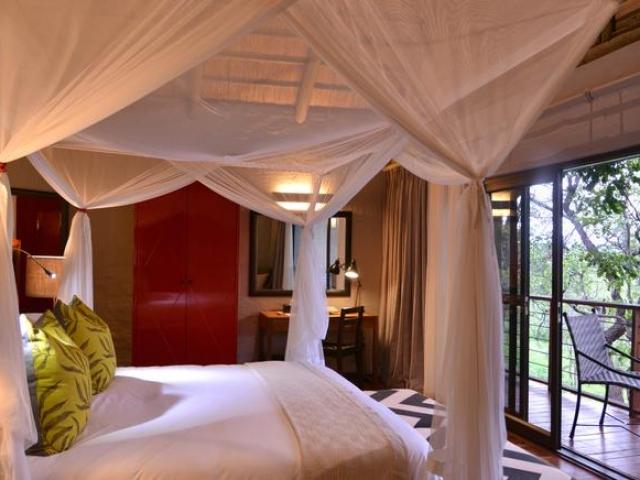Victoria Falls Safari Suites, Suite Bedroom (Upgrade)