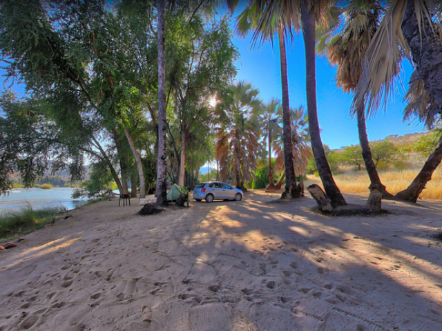 Complete Namibia - Epupa Campsite, Campsites on the Kunene River
