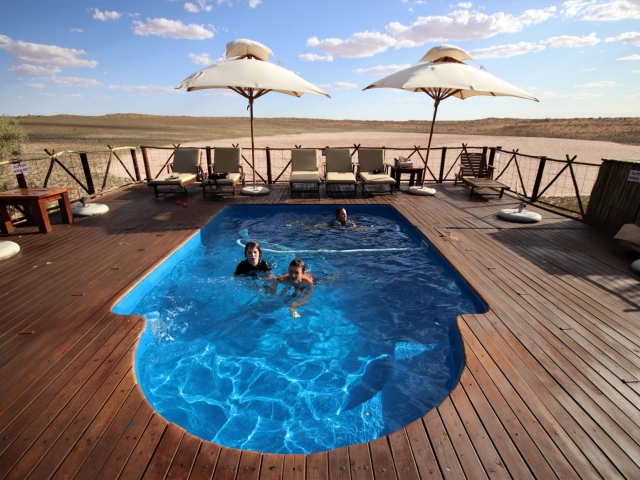 Cape to Windhoek - !Xaus Lodge, Kgalagadi (Upgrade), pool with a view