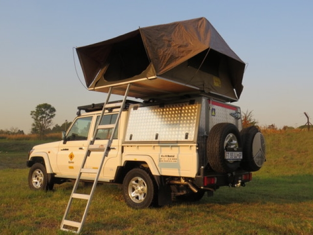 Landcruiser set up for an overnight stay - Fully equipped camping 4x4 vehicle.