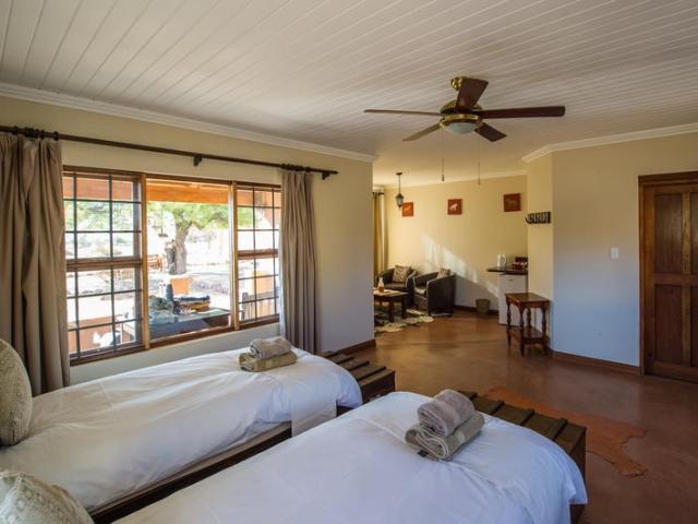 Cape to Windhoek - Desert Horse Inn, Aus (Standard), Chalet