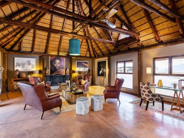 Cape to Windhoek - Hoodia Desert Lodge, Sossusvlei (Upgrade), Lounge area