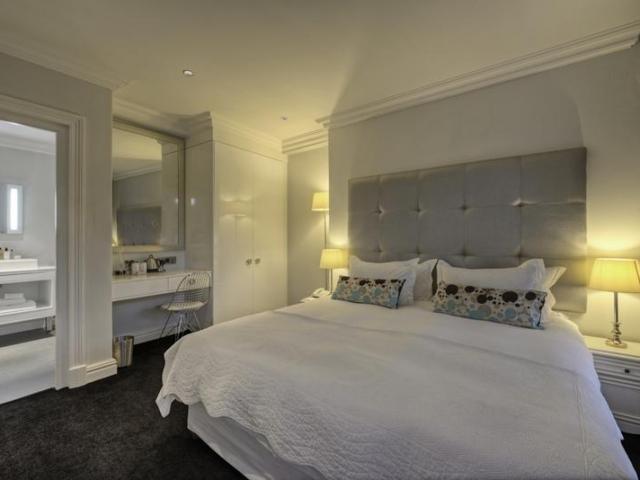 Cape to Windhoek - Three Boutique Hotel (Upgrade), Elegant rooms