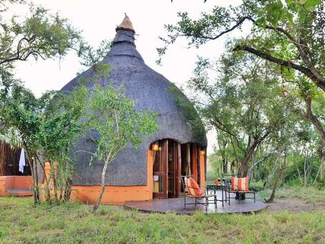 Hoya Hoya Safari Lodge, Kruger National Park, unique beehive huts, Kruger luxury safaris