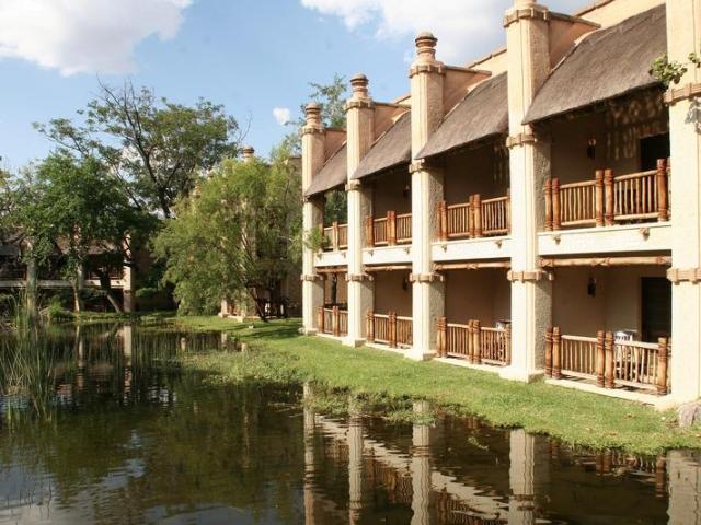 The Kingdom at Victoria Falls, lake views, Victoria Falls Chobe family holiday