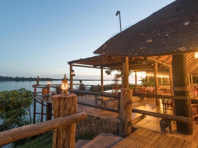 Mvuu Lodge, Lower Zambezi, Bar with a view!